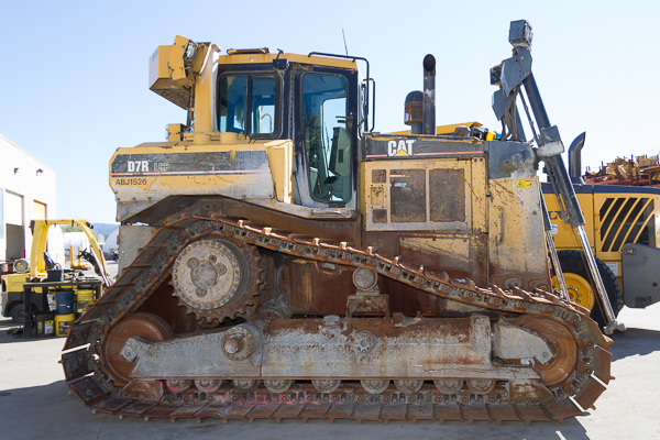 D7R LGP Crawler for dismantle